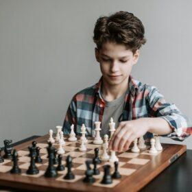 wspieranie dziecka w grze w szachy